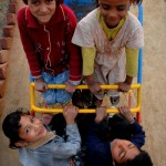 Der Spielplatz unseres Lernzentrums bietet viele Möglichkeiten sich zu vergnügen.